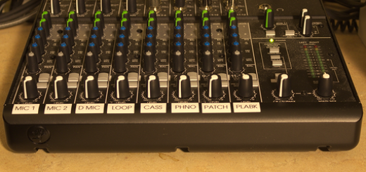 12 Channel Mackie Mixer